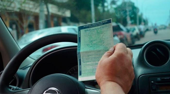 Motoristas profissionais poderão zerar pontos da CNH, saiba como?