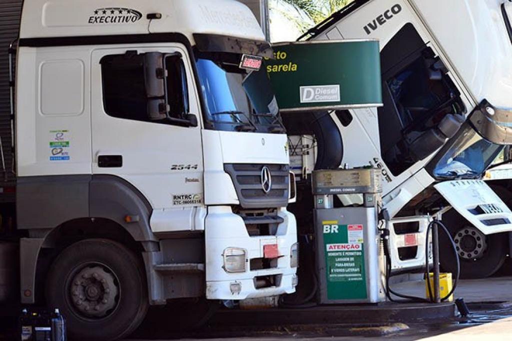 Queda no valor do diesel pode reduzir valores de fretes